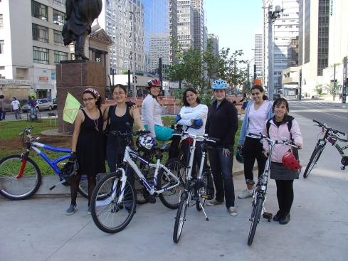 Pedalinas na Praça do Ciclista (21.jun.2009) - mais foto no flickr da Gabriela Kato